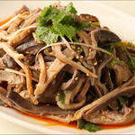 唐朝刀削麺 - 豚ガツの冷菜