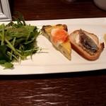 ミ・カシータ - サラダと前菜3種♪