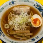 ラーメンパンチ - 中華そば(並):680円/2018年10月