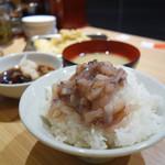 94829262 - 新店舗の『天神アクロス福岡店』限定で、イカの塩辛の無料サービスが復活しました。