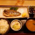 松乃家 - 鯖の塩焼き定食 680円