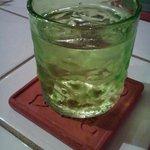 9483644 - 涼しげ沖縄ガラスの泡盛