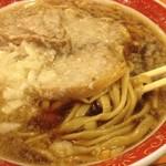 いこい食堂 - 極太麺とタップリ背脂