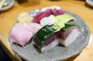 黒尊 - 鯖寿司、秋刀魚寿司、カツオ寿司など