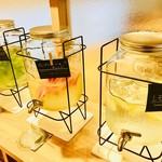 きららカフェ - 料理写真:デトックスウォーターコーナー(フリードリンク)