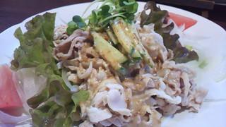 鳥焼処 鳥ぼん 本店 - 阿波尾鶏冷しゃぶサラダ