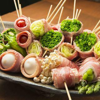 県産豚肉と国産野菜で安心!