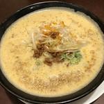 94858457 - ドロドロの濁りスープと思いきや、鶏がら旨塩です!