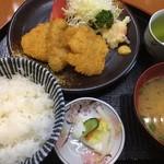 ミートピア - 料理写真:豚ヒレカツ定食 750円