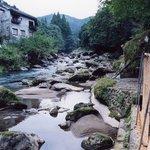 9486448 - 川沿いのお風呂の風景