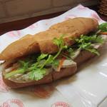 バインミー☆サンドイッチ - サイゴンのハム&パテ 650円