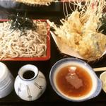 そば処 武山 - 料理写真:天ざる  ¥1,400-