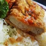 銀嶺 - 長崎洋食名物トルコライスのカツ