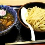 三竹寿 - 味玉濃厚豚骨魚介つけ麺を注文(並800円,税別)。