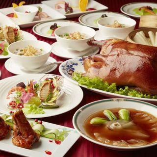 北京ダックがメインの高品質なご宴会コース