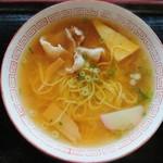 植田うどん店 - 透き通るスープな中華そば✨