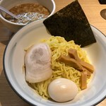 どさん子 - 濃厚魚介つけ麺 762円。