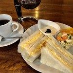 珈琲屋 桃李 - レギュラーコーヒー400円とエッグサンドのモーニング