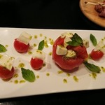 94877872 - トマトとチーズのカプレーゼ