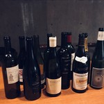 アノニム - フランスの自然派ワインが中心です。