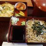 滝乃家 - 親子丼セット(950円)。