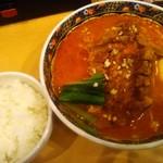 94879333 - 排骨担々麺(麺固め中辛)&サービスライス