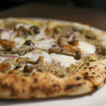Motive Pizzeria E Caseificio - 料理写真:フンギ3種とイタリア産熟成ラルド☆