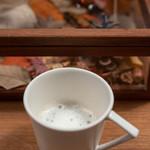 セララバアド - 2018.10 タイム風味のミルクの泡を乗せたキノコの出汁で作ったスープ