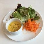 ボンヌカフェ - セットのサラダ&スープ