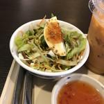 ジャイタイ - 料理写真:サラダ