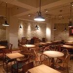 ジンナンカフェ - 【B1F】落ち着いた地下空間。デートやパーティーにも◎!