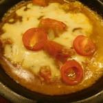 天馬 - 3種のチーズと完熟トマトの焼きカレー