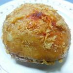 天馬 - チーズinトマトキーマカレーパン (辛口キーマカレーパン)