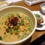 94905512 - 喜界島担々麺 ブレンド