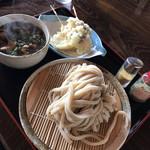 94905667 - 肉汁うどん並&長芋と茗荷天
