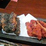 九州厨房 あらごし団 - 赤手羽 黒手羽