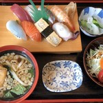 吉野寿司 - ○にぎり8巻定食(¥950)