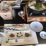 信州まつたけ小屋 梅松苑 - 前菜三品、焼き岩魚