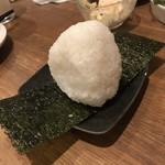 ひもの野郎  - 塩むすび(150円)