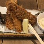 食道楽 - アジフライ@599円。素揚げにされた部分は、頭から食べられました(^。^)。身は、とても美味しかったです(╹◡╹)
