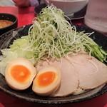 廣島つけ麺本舗 ばくだん屋 - 廣島つけ麺(麺・並)