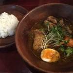 しんペー - 料理写真:やわらか角煮と野菜のスープカレー