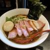 麺処 夏海 - 料理写真:「豊穣清湯特製醤油ラーメン」(950円)