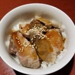 らーめん竹馬 - 肉めし小 250円