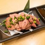 もんなか酒場 串人 - 国産銘柄鶏レバー刺し 700円