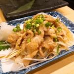 もんなか酒場 串人 - 鶏皮ポン酢 380円