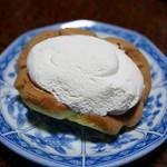 お菓子のふじい - 料理写真:バナナオムレット