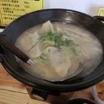 炊き餃子と鶏すき大衆酒場 仕事鶏A - 炊き餃子690円