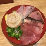 大衆海鮮酒場レオタード - レオタード盛 壱岐直送の鮮魚の刺し盛りです 490円