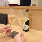 94947637 - シャンパンで乾杯☆